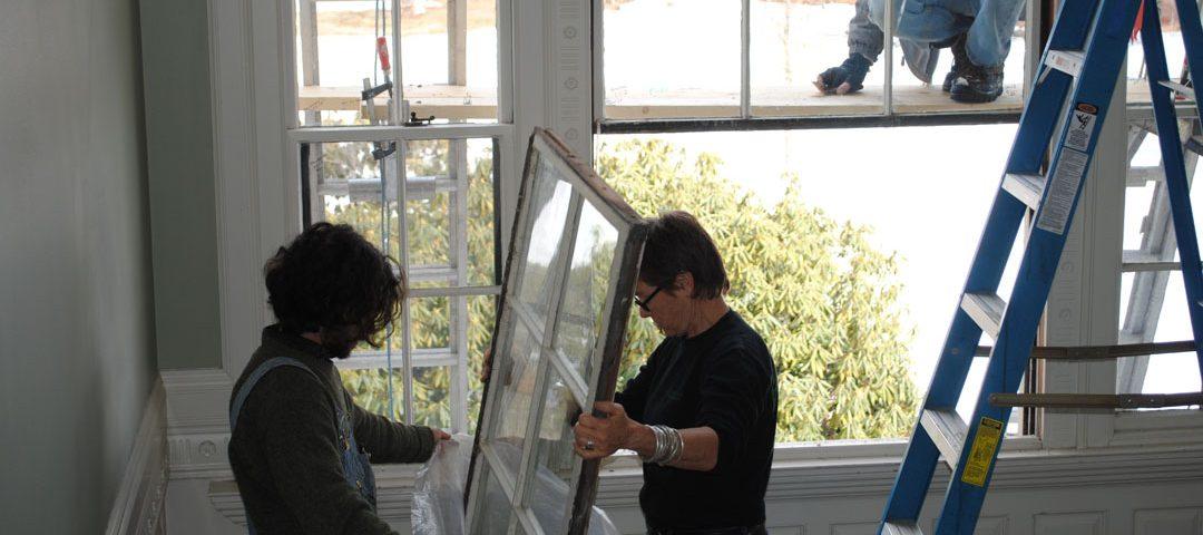 تعویض پنجره فرسوده با کشویی