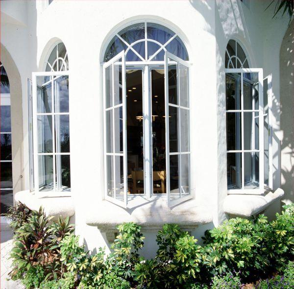 پنجره قوس دار یو پی وی سی