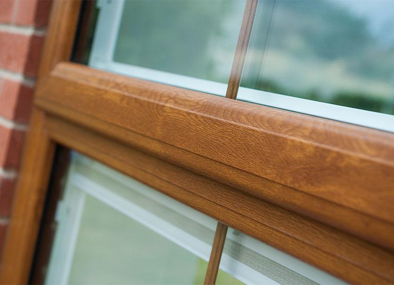 پنجره دوجداره طرح چوب