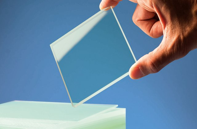مقایسه شیشه دوجداره با شیشه سه جداره