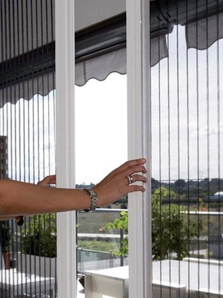 پنجره سه جداره کشویی